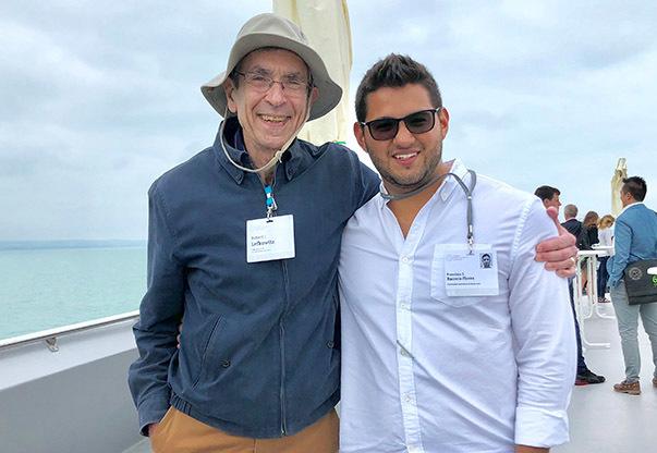 Lindau Alumnus Frank Berrera and Nobel Laureate Robert Lefkowitz.