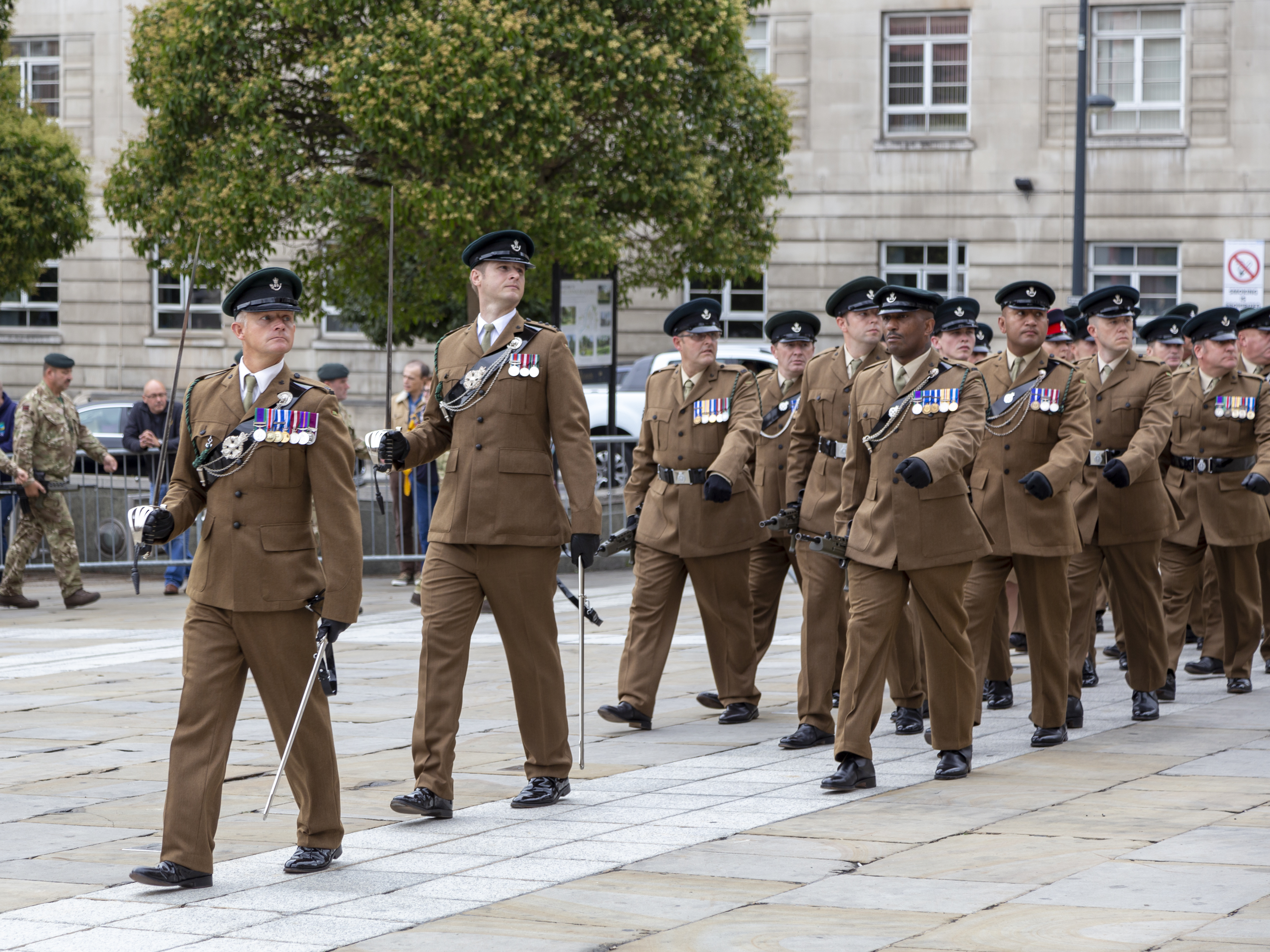 Y Coy 8 Rifles march past during Freedom of Leeds 150918
