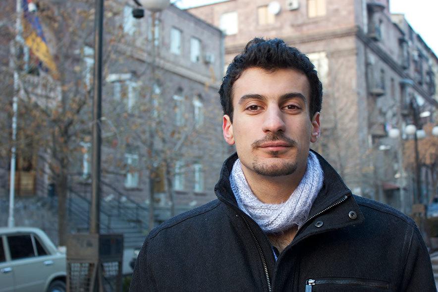 Raffi Wartanian headshot