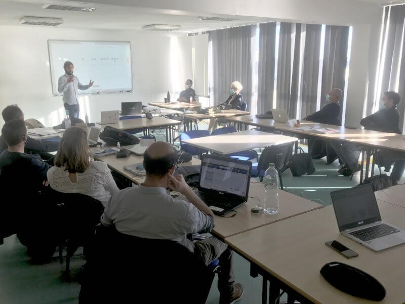 Jean-Pierre Nicol, dirigeant de Batterie Marine Diffusion, pendant la journée Création et reprise d'entreprises