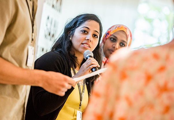 A young scientist speaks during the 68th Lindau Meeting